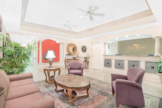 Baymont Inn & Suites Crestview: Lobby