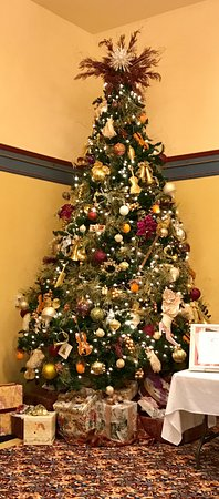 Christmas Tree at the Newberry Opera House