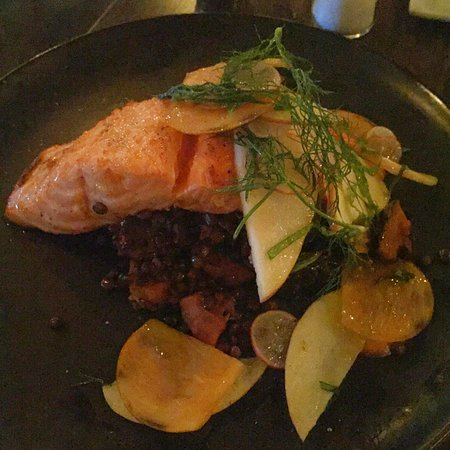 The Local Peasant : Salmon with Lentils and Winter Squash