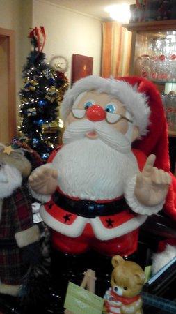 Das Kleine: Grüsse vom Nikolaus, das Restaurant ist sehr weihnachtlich geschmückt!