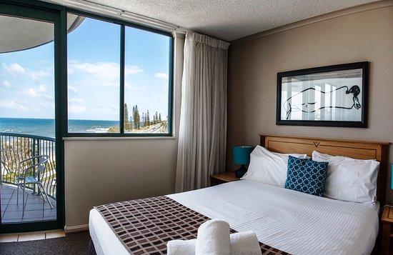 Alexandra Headland, Australia: 3 bedroom rooftop apartment