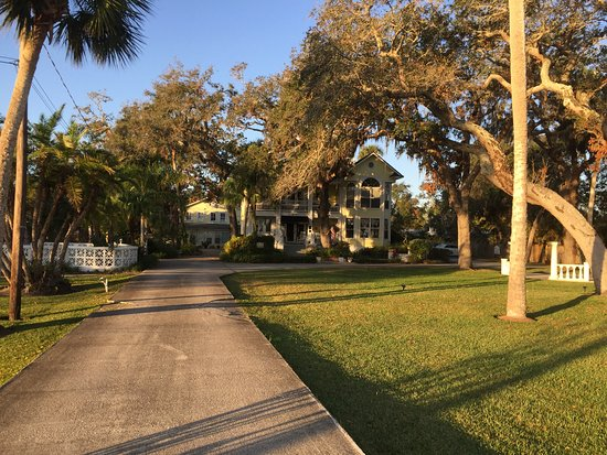 River Lily Inn Bed Breakfast Daytona Beach Fl