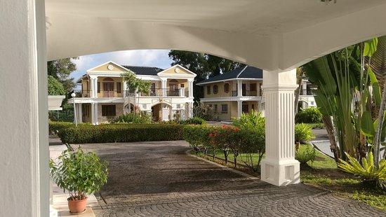 Tiara Labuan Hotel: FB_IMG_1481066231880_large.jpg