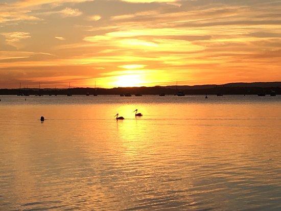 Belmont, Αυστραλία: Lake Macquarie just minutes away