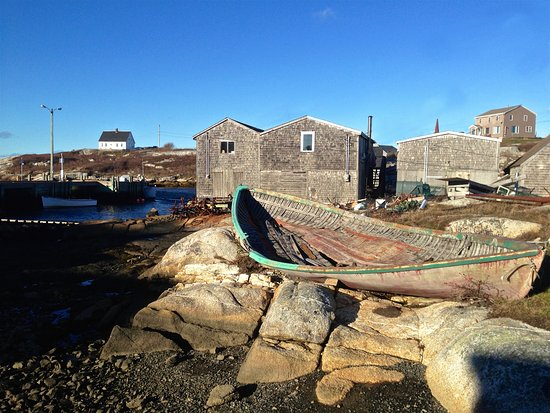Peggy's Cove, Canada: Past it's Prime