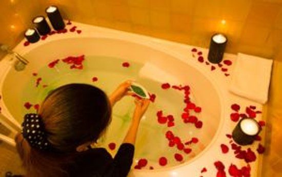 Luthan Hotel & Spa : Complimentary In room bath soak