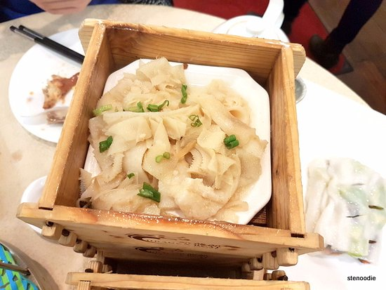 Richmond Hill, Canadá: Steamed Beef Tripe with Ginger & Green Onion