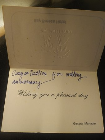 Bay Breeze Hotel: Lovely well wishes from GM