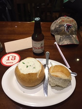 Vacaville, CA: Sourdough bread and chowder!