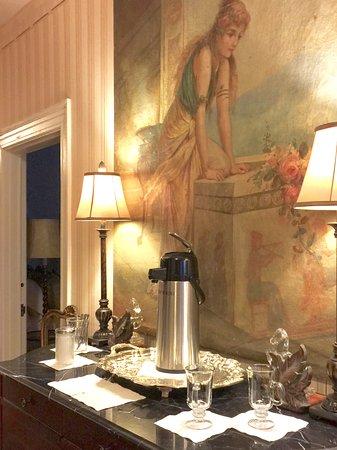 ดิลลอน, เซาท์แคโรไลนา: Morning coffee