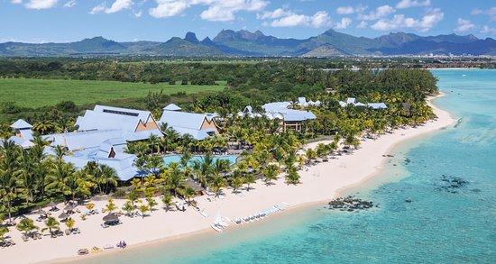 Victoria Beachcomber Resort & Spa - Aerial view
