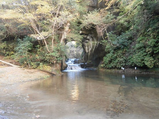 Kimitsu, Japón: 普段の膿溝の滝?