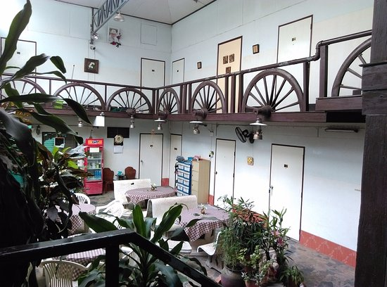 Sawasdee Guest House: บริเวณหน้าห้องพัก