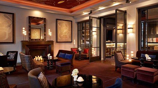 Photo of Restaurant Le Bar Du Burgundy at 6, Rue Duphot, Paris 75001, France