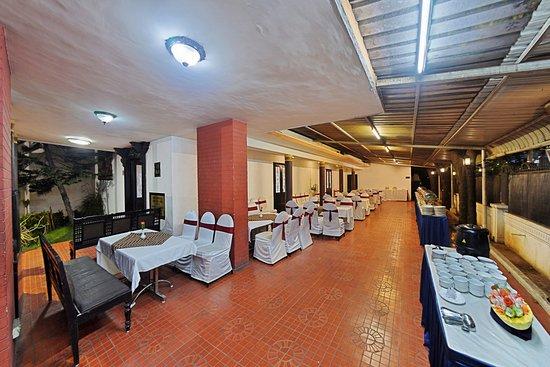 AMS Raj Palace Sundar: Conference Hall Dining Area