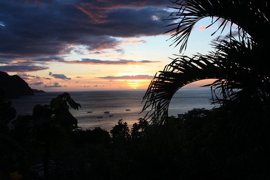 Castara, Тобаго: Anyone for a sundowner?