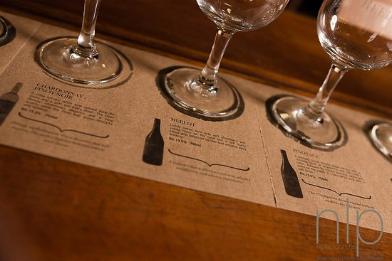 Mossel Bay, Sudáfrica: Close up of our tasting sheets