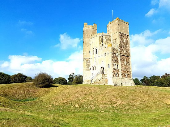 Orford, UK: Castle from outside