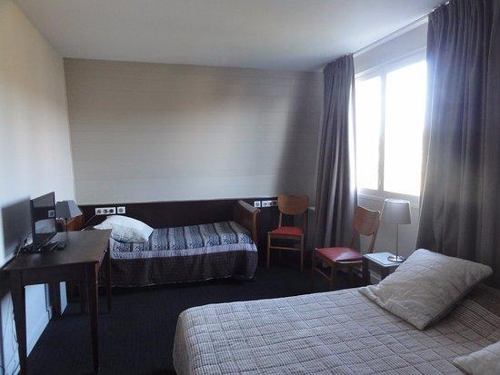 Gennes, France: Chambre Familiale en étage