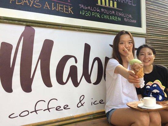Port Barton, الفلبين: Happy customers. They are from Korea.