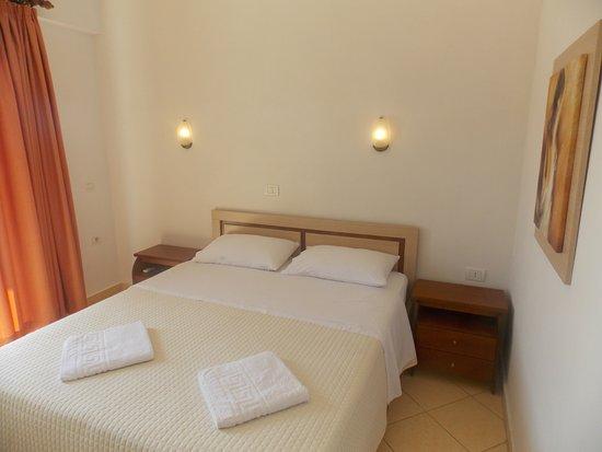 hotel mano sarande albanie voir les tarifs et avis appartement tripadvisor. Black Bedroom Furniture Sets. Home Design Ideas