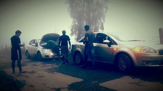 Kuttikkanam, Indien: On the Way to the resort !!! Misty