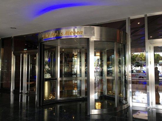 Yhi Spa del Hotel Melia Palas Atenea