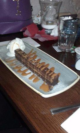 Crowborough, UK: Chocolate & caramel bar