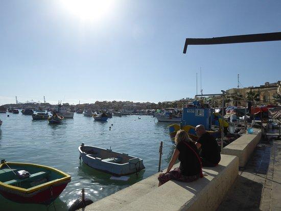 Marsaxlokk, Malta: 船が多々あり