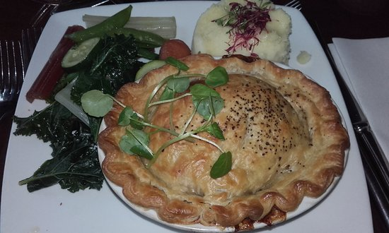The Fox: Steak & kidney - big, hearty and delicious!