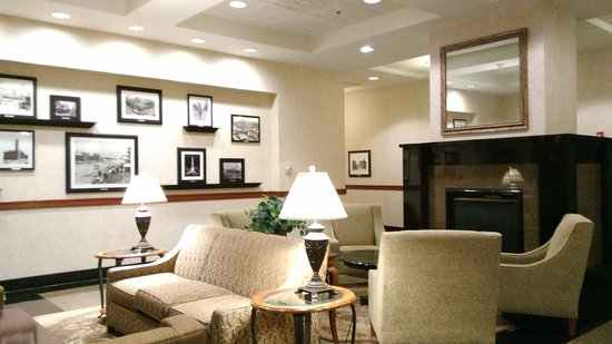 Drury Inn & Suites Indianapolis Northeast: Waiting area