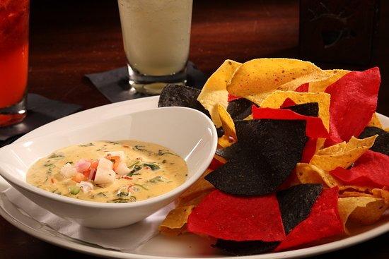 Gaithersburg, MD: LOBSTER SPINACH QUESO