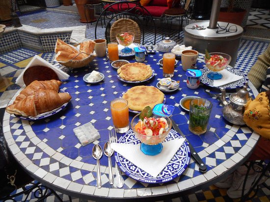 Riad Ahlam: O nosso café da manhã. Delicioso.