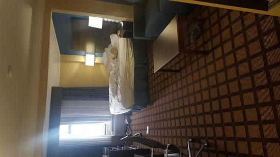BEST WESTERN Regency Plaza Hotel - St. Paul East : TA_IMG_20161207_091733_large.jpg