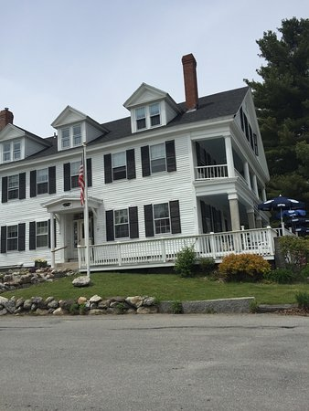 Fitzwilliam, NH: Two outdoor porch options!