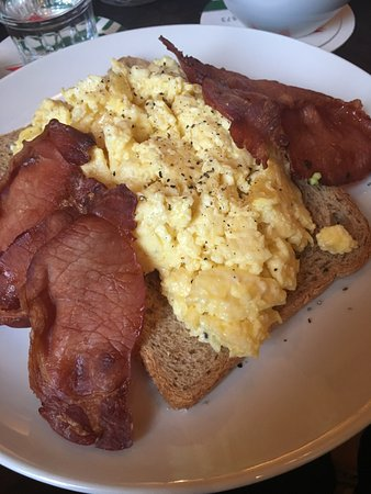 Cafe Kuijper Scrambled Eggs With Cheese On Whole Grain Toast