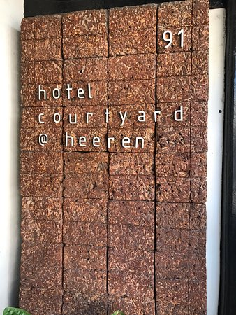 Courtyard @ Heeren Boutique Hotel: photo3.jpg