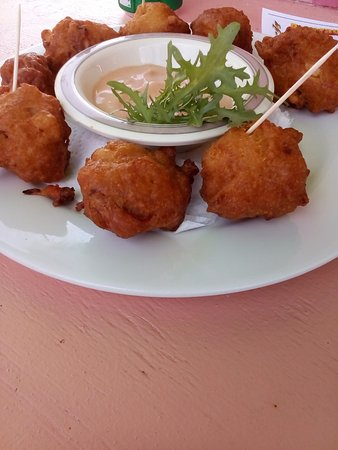 New Providence Island: Conch fritters yummy #007tour