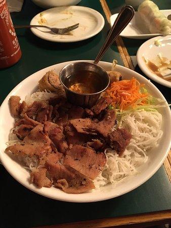 Red pepper restaurant saskatoon central business for Asian cuisine saskatoon menu