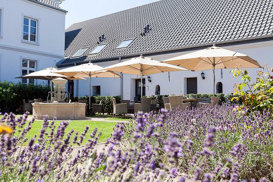 Bocholt, Germany: Aussenterrasse Café Gut Heidefeld