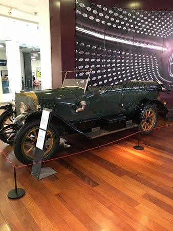 Weybridge, UK: One of the classic old cars on display