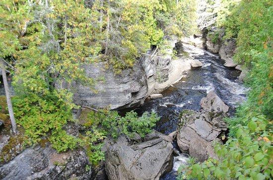 Chambord, แคนาดา: Un canyon !