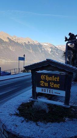 Iseltwald, Switzerland: Das Chalet du Lac am tollen Brienzersee