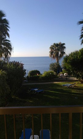 Rododafni Beach Holiday Apartments & Villas: 1480227372415_large.jpg