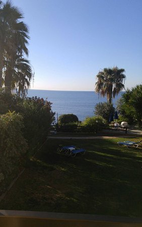 Rododafni Beach Holiday Apartments & Villas: 1480227309587_large.jpg