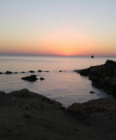 Rododafni Beach Holiday Apartments & Villas : 1480257545807_large.jpg