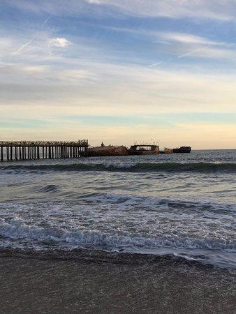 New Brighton State Beach: pier with sunken boat