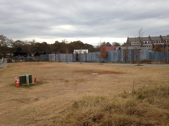 Senoia, GA: The wall from the show