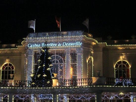 Casino Barriere de Deauville: vue de l'extérieur