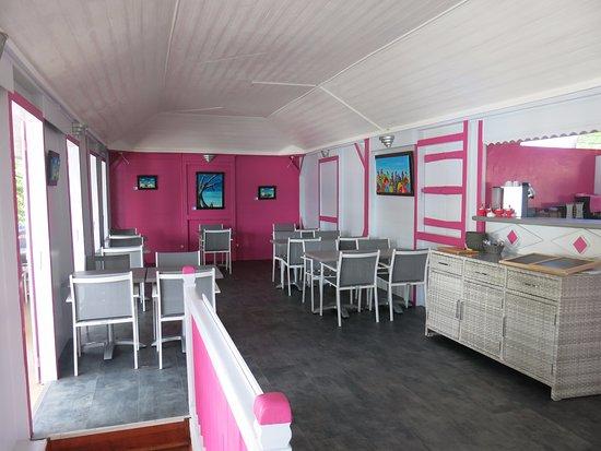 Terre-de-Haut, Guadeloupe: la salle de restaurant